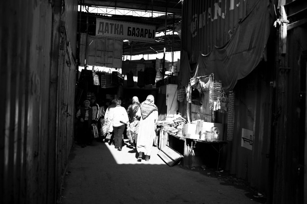 KZG street market BW 02