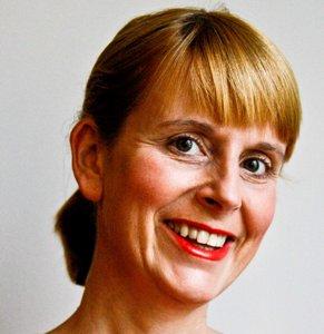Fiona Reilly Bio