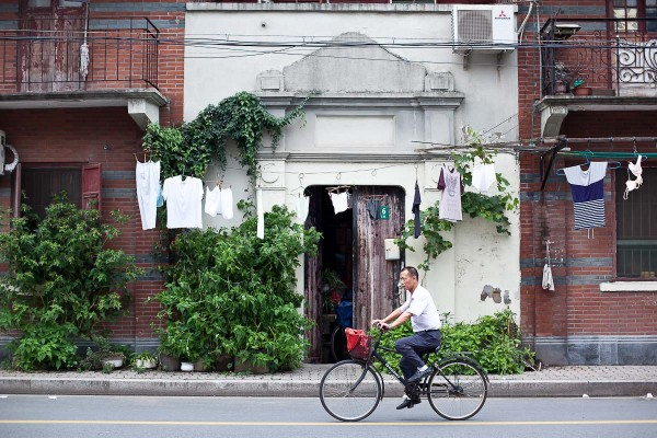 Shanhaiguan Lu shikumen 01