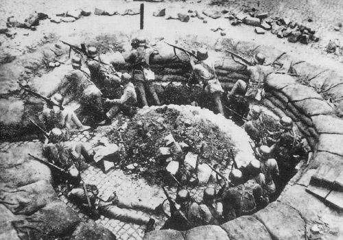 Shanghai1937KMT_machine_gun_nest